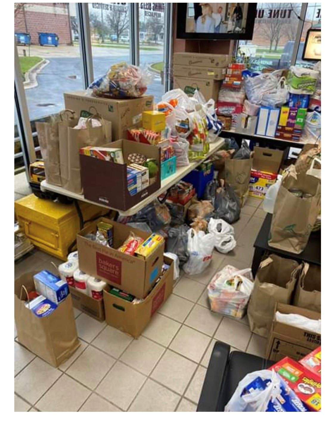 Food pantry for donations